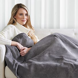 PERFECT TO SNUGGLE UNDER ON THE SOFA